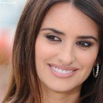 Penelope Cruz Height, Weight, Bra, Bio, Figure Size