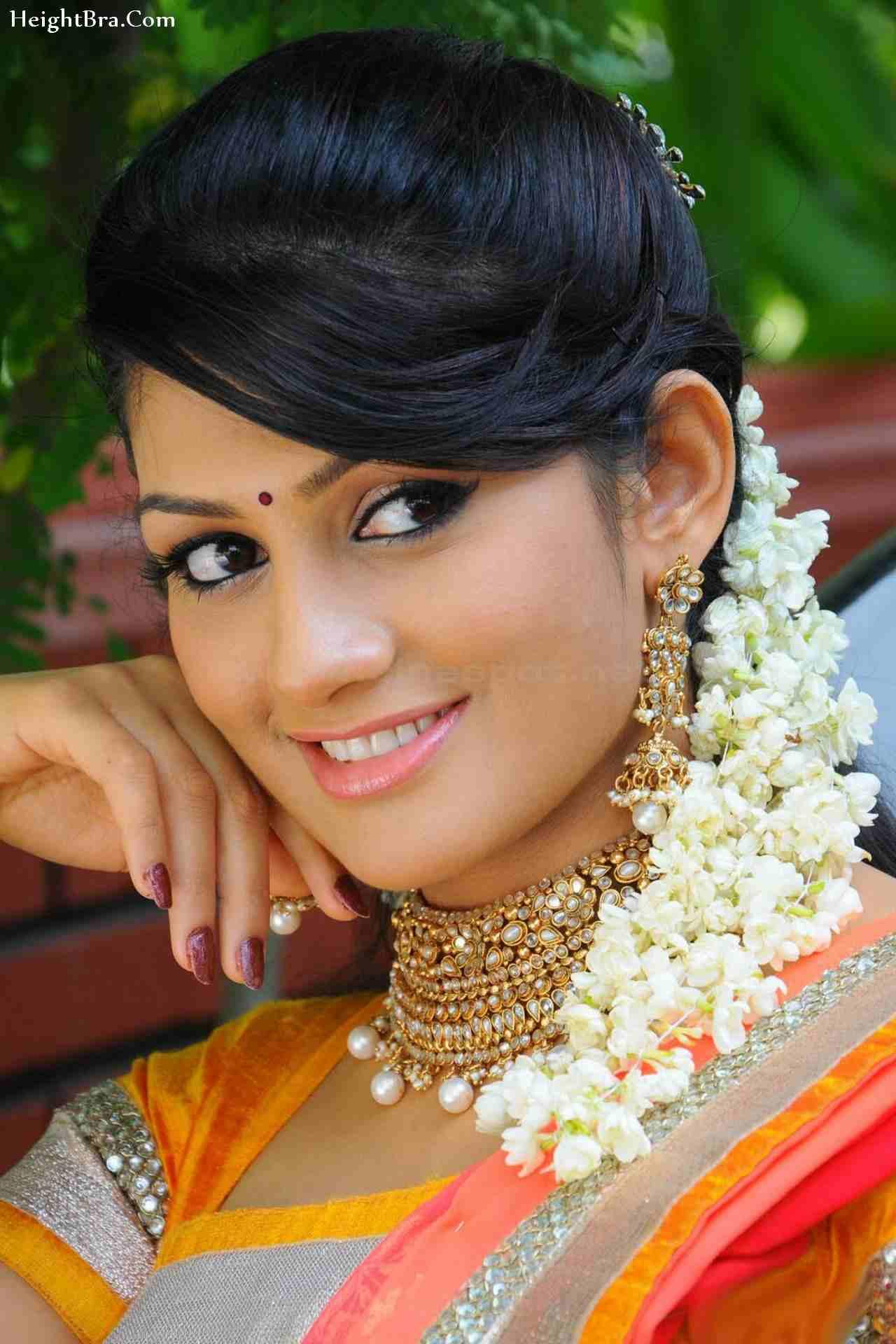 Radhika Kumaraswamy naked (76 pictures), cleavage Selfie, YouTube, braless 2018
