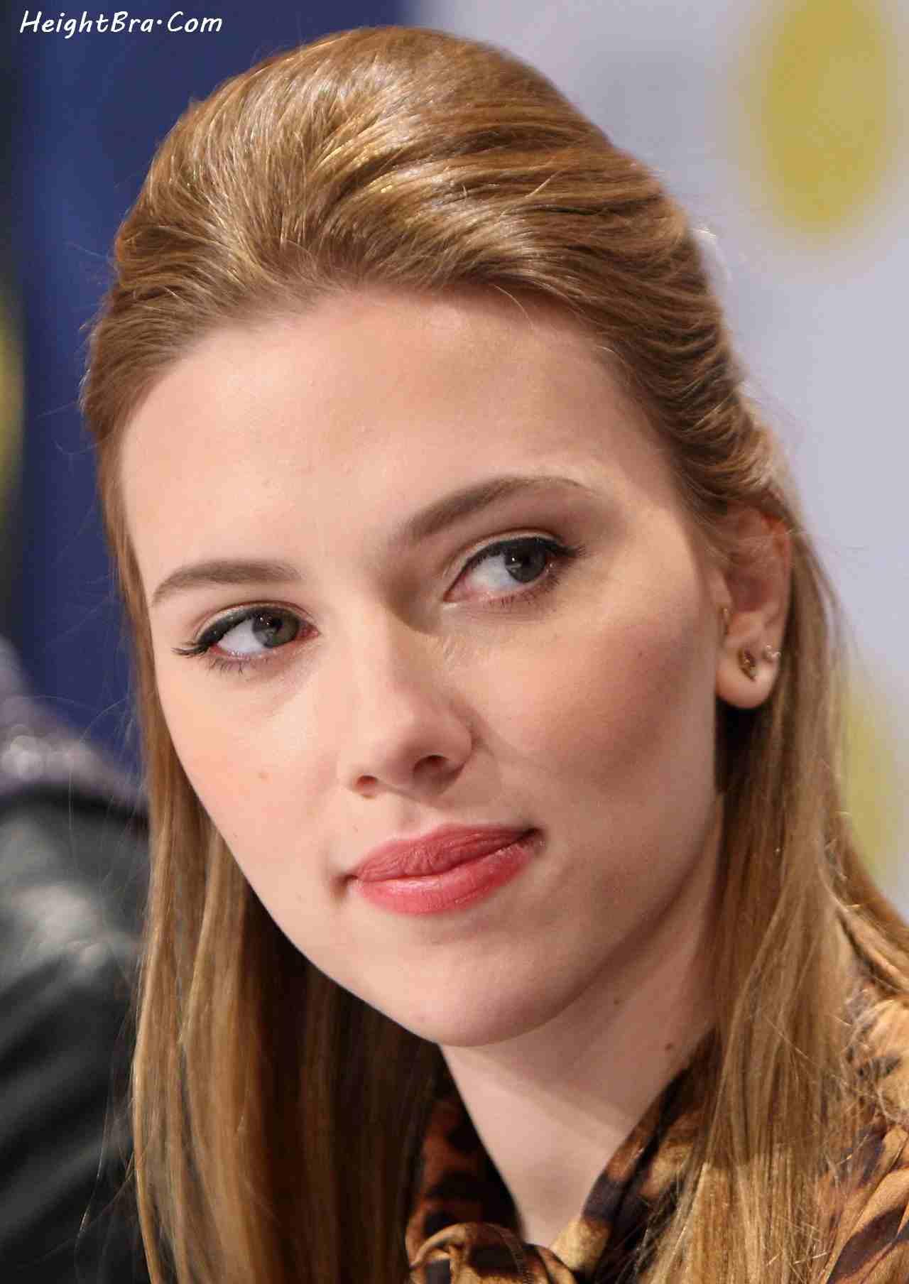 Scarlett Johansson Height, Weight, Bra, Bio, Figure Size ...