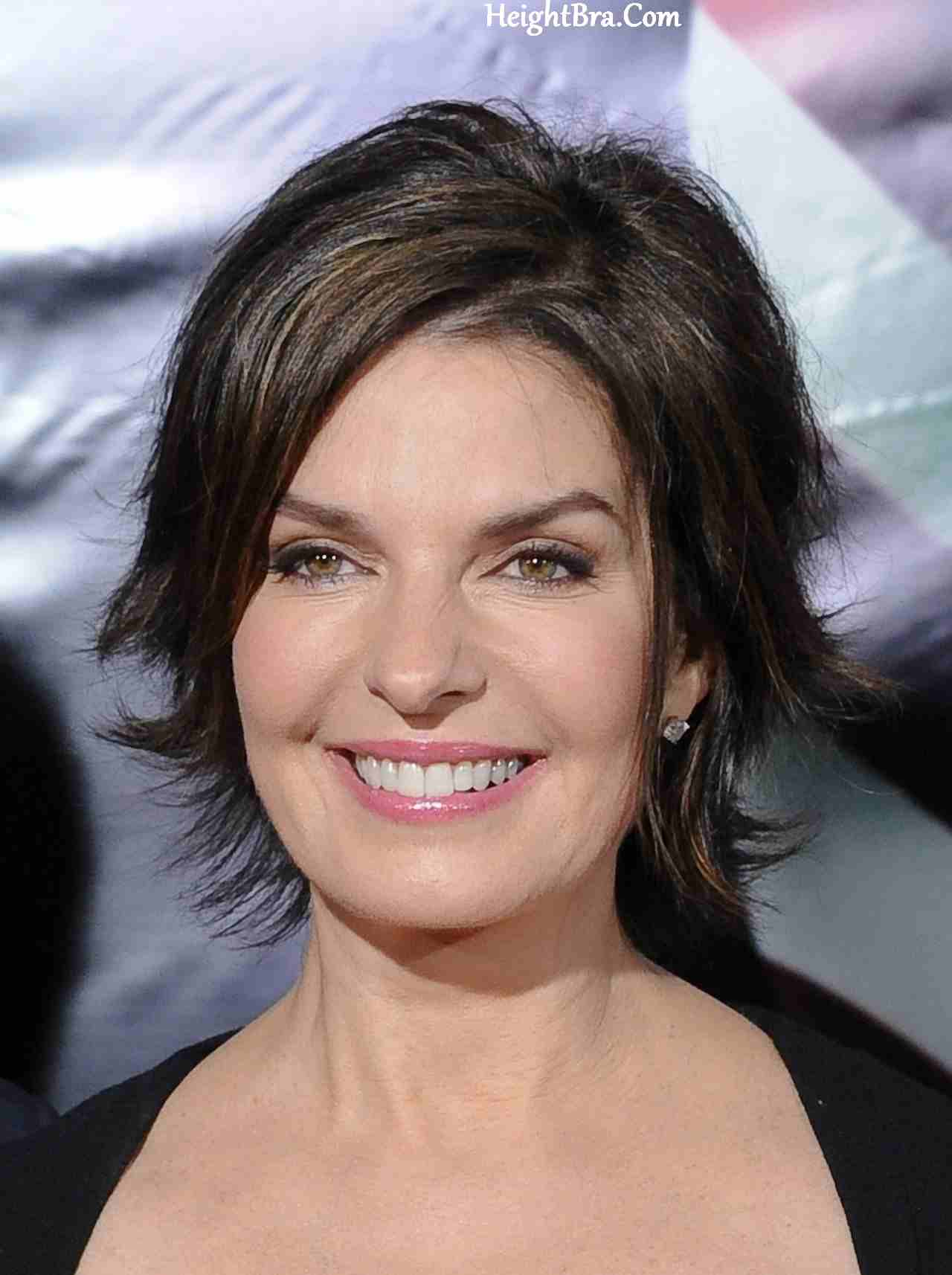 Sela Ward Height Weight Bra Bio Figure Size