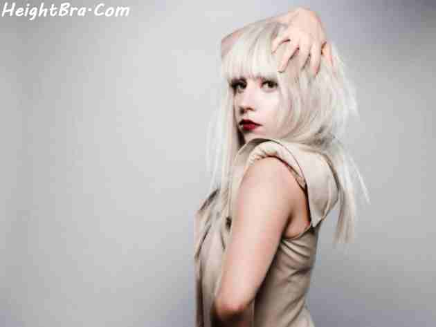 Lady Gaga exposes her breast while filming in NYC