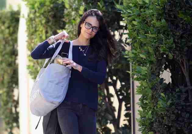 jordana-brewster-out-in-los-angeles-feb.-2015_6