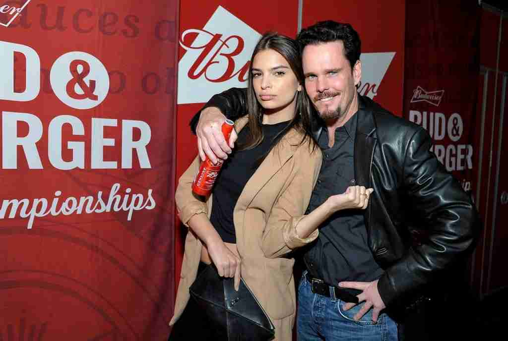 emily-ratajkowski-at-budweiser-event-los-angeles (1)