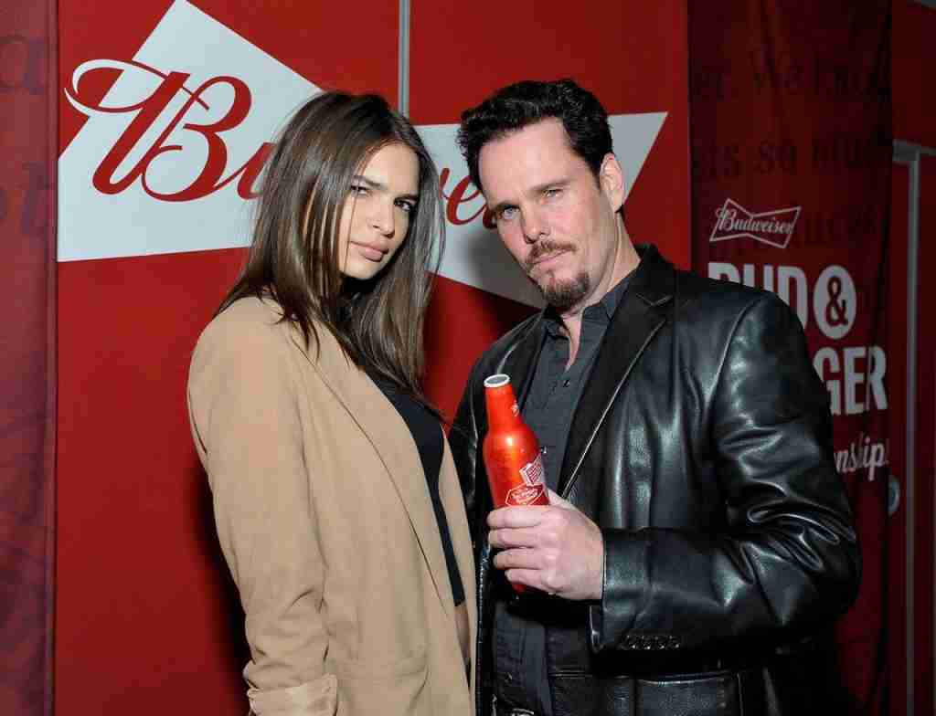 emily-ratajkowski-at-budweiser-event-los-angeles (12)